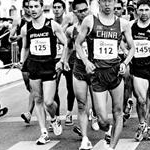 Men - 20 km - Leading pack (b/w by Juan Ramilo POR)